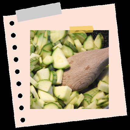 Hagymás petrezselymes cukkini stir-fry